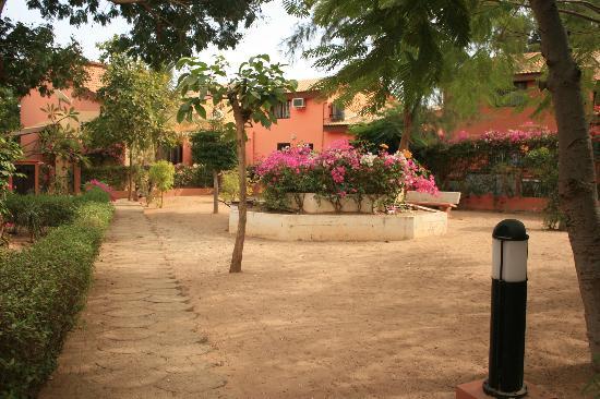 Kingz Plaza : Square outside villa