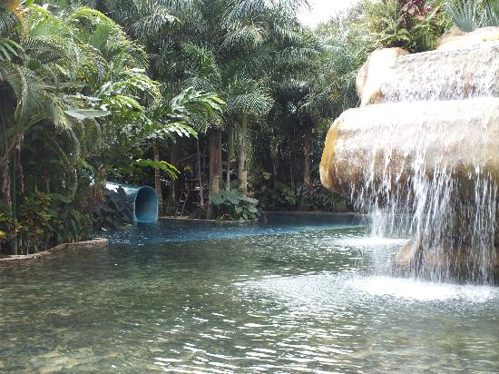 Baldi Hot Springs Hotel Resort & Spa: Another pool area