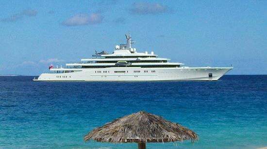 West End Village, Anguila: You might just see the world's largest private yacht right in front - the Eclispe - all 1.12 bil