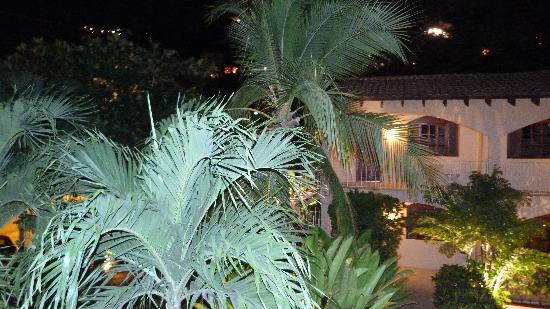 Villa del Sueno: Photo extérieur le soir