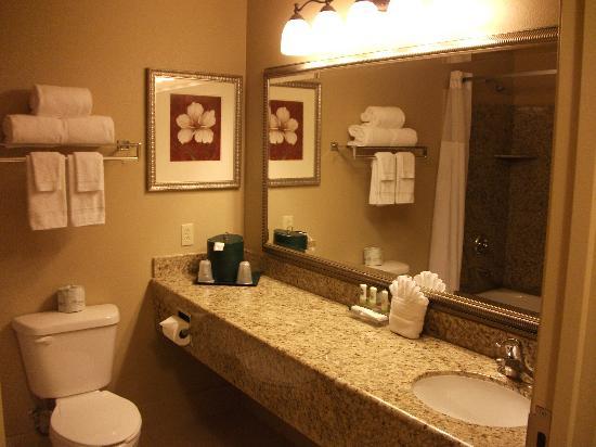 Country Inn & Suites By Carlson, Tucson City Center: bathroom