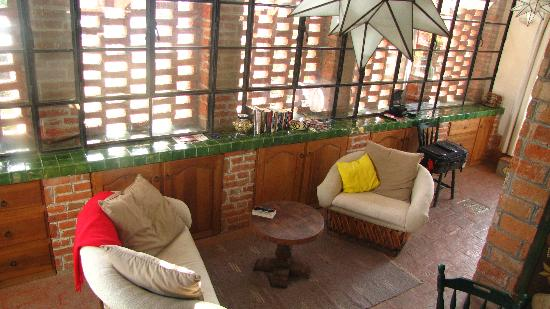 Casa de la Noche: This is the sitting area in the Visa room