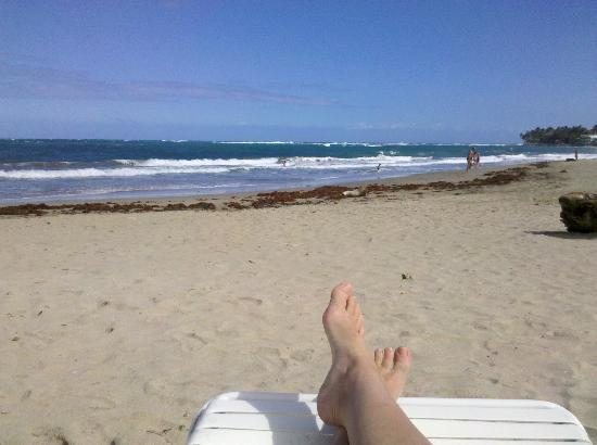 Cabarete Palm Beach Condos: Restful relaxing - post-pedicure on the beach!