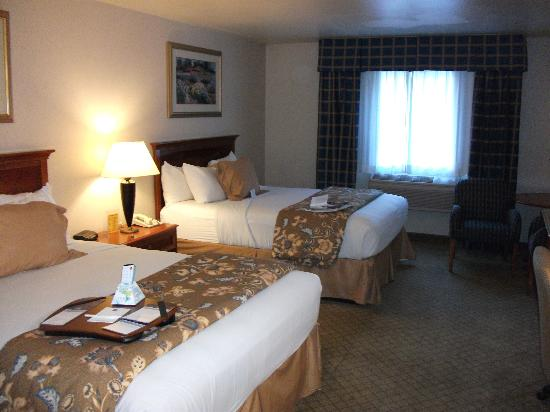 Best Western Plus High Sierra Hotel: room pic 1