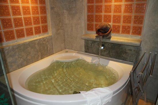 The Regent Cha Am Beach Resort: Now this is comfort!