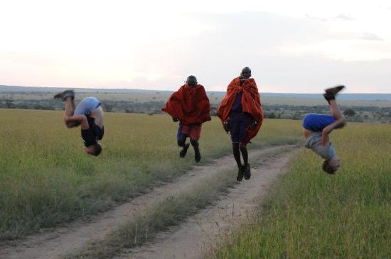 Basecamp Masai Mara: Luftige hopp