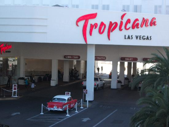 Tropicana Las Vegas - A DoubleTree by Hilton Hotel: hotel