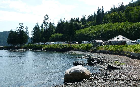 Brown's Bay Resort: Oceanfront RV Park, Hut tub, fitness room, clubhouse