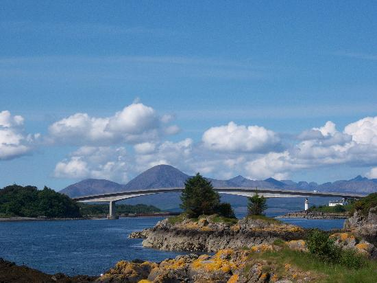 The Sithean: Skye Bridge