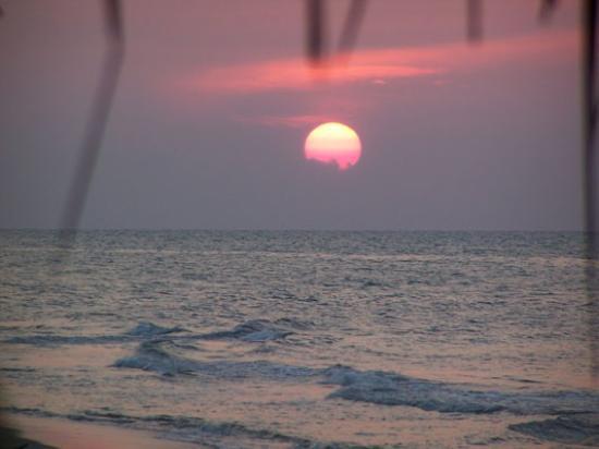 Paradise Found: a beach sunset!