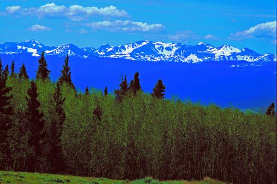 Laramie River Dude Ranch: The Never Summer Range