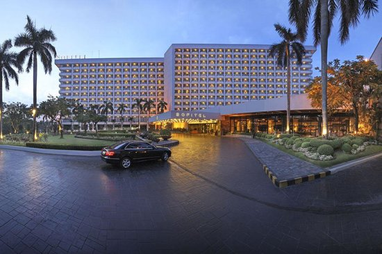 Luxury Hotel In Manila Philippines Picture Of Sofitel Philippine