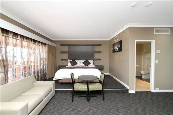 Mercure Orange (Templers Mill): Templers Mill Motel King Executive Room