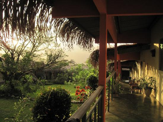 Hotel Santa Fe: the porch in early morning