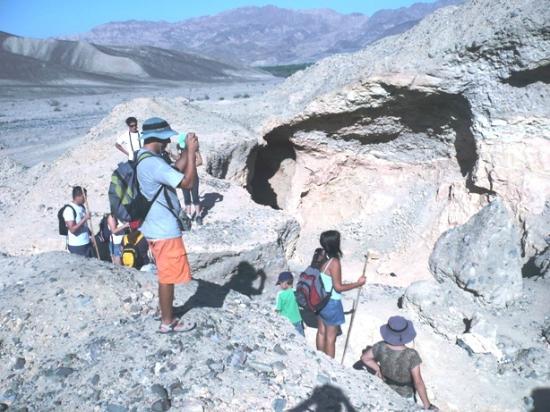 Palpa, Peru: MINA DE ARCILLA PRE INCA, EN PINCHANGO