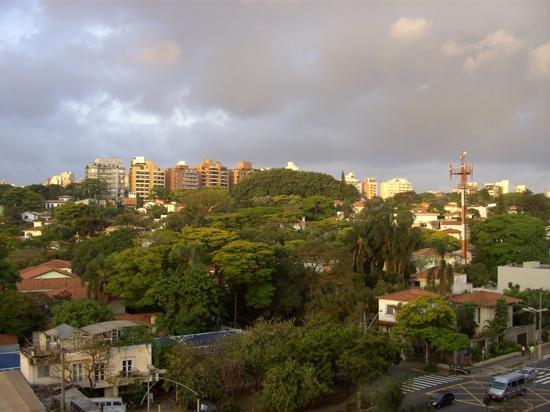 George V Alto de Pinheiros Hotel: Vista