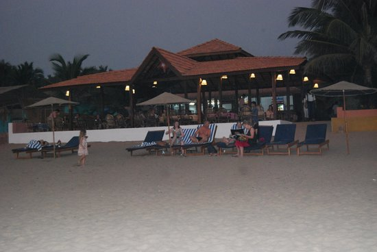 Dunhill Beach Resort : Beach Restaurant