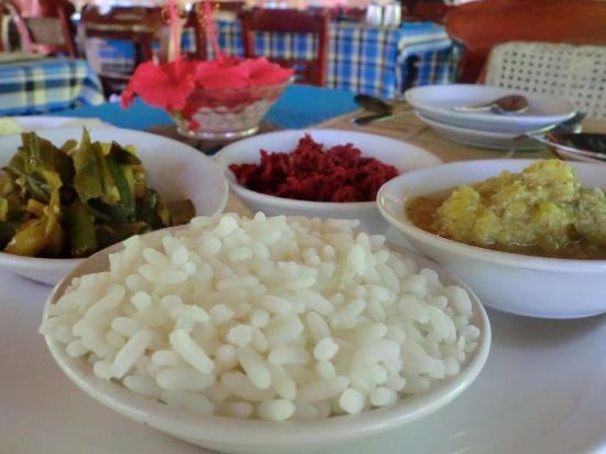 Sarovaram Ayurvedic Backwater Health Centre: Delicious and good for you vegetarian meals
