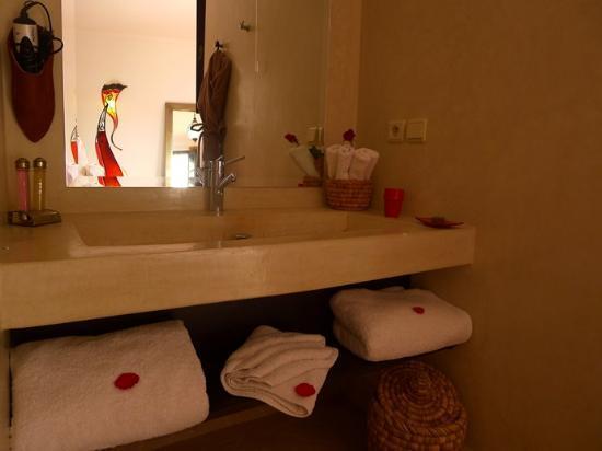 Riad Badi : salle de bain