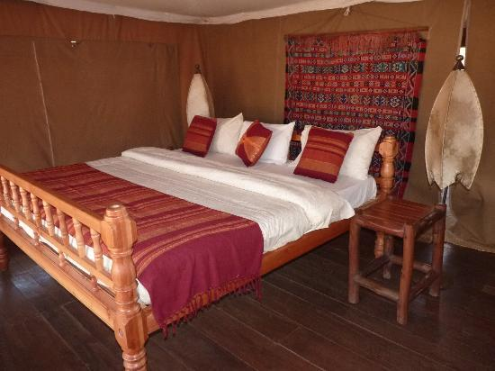 Ndarakwai Ranch Camp: one of the beautiful decorated bedrooms