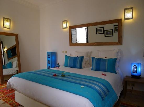 Riad Badi : chambre turquoise