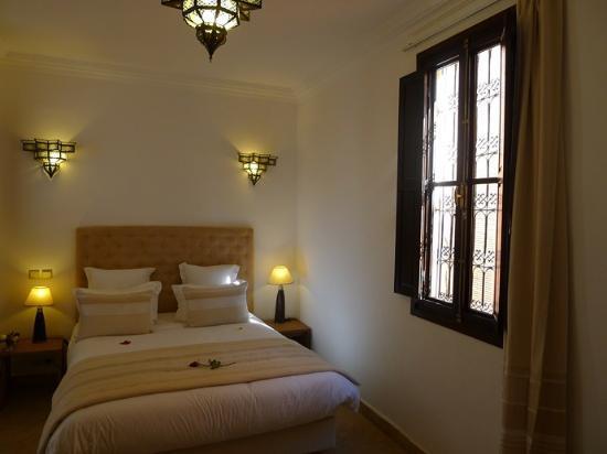Riad Badi : chambre cannelle