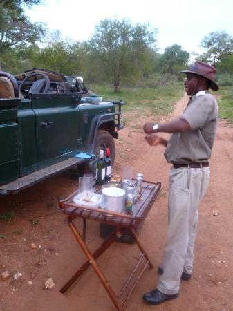 Garonga Safari Camp: Break for G&T!