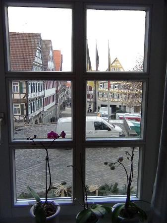 Pension Kirchgasse: View of the Marktplatz from the kitchen