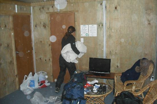 The Crossing Backpackers: double room