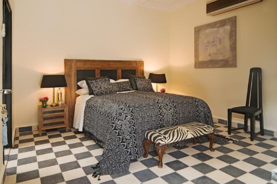 Riad Elizabeth: Felicity Room