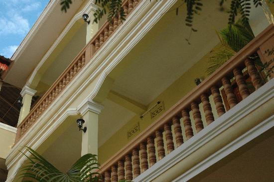 Check Inn Siem Reap: Building Complex