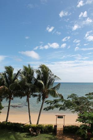 Coconut Grove Beachfront Cottages: amazing view.