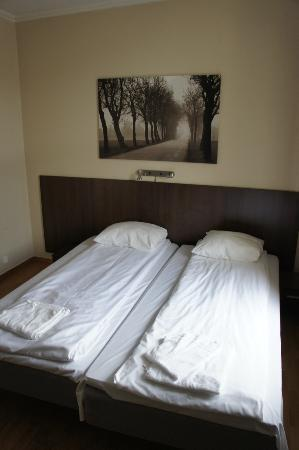 Bergen Travel Hotel: Bed