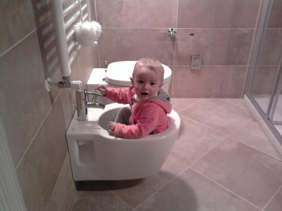 Agriturismo Rini: ... ma si gioca, l'igiene è assicurata