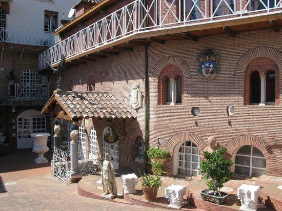 Scandeluzza Castle - Castello Scandeluzza: Esterni del Castello Scandeluzza