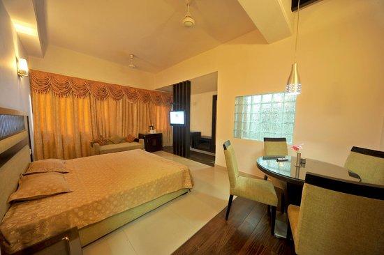 Jullundur Hotel: The Luxury Suite