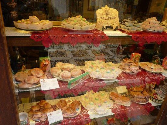 Pasticceria Il Tulipano: la pasticceria Michele1