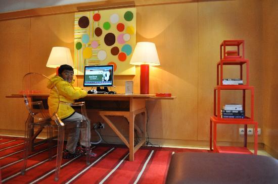 Hotel Le Vignon: lobby area