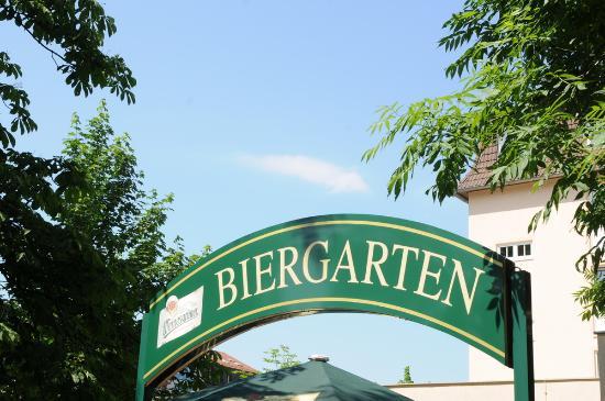Der Biergarten im AMBER HOTEL Chemnitz Park