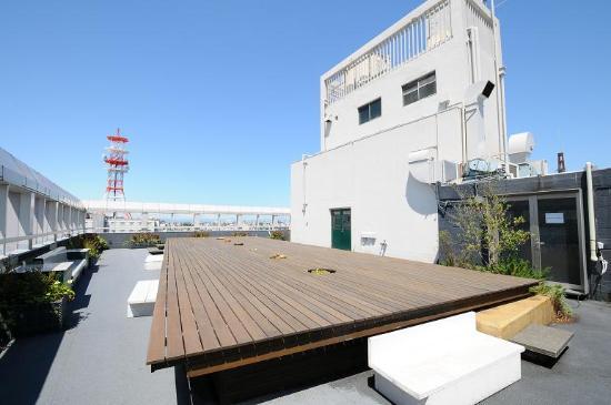 Claska: Rooftop Terrace