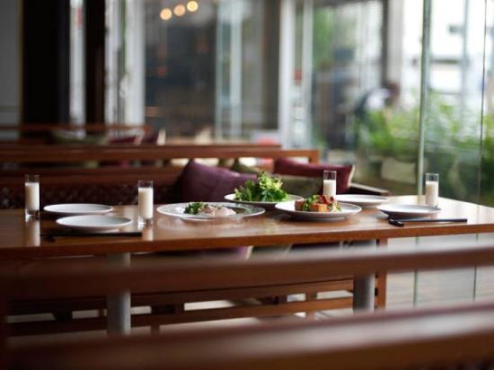 """Claska: Dining & Cafe """"kiokuh"""""""