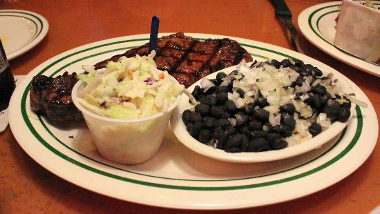 Flanigan's Seafood Bar & Grill: Really good steaks