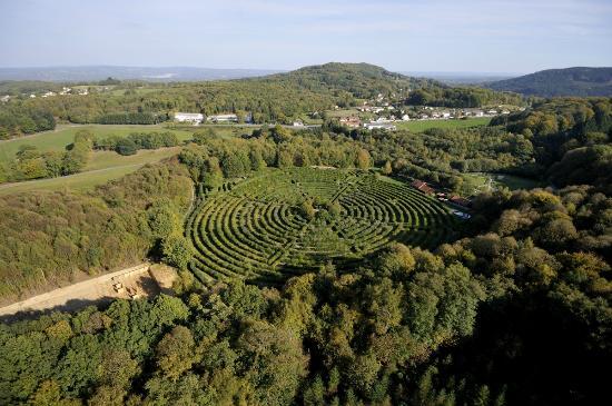 Musee d 39 art et d 39 archeologie de gueret et jardin public for Entretien jardin gueret