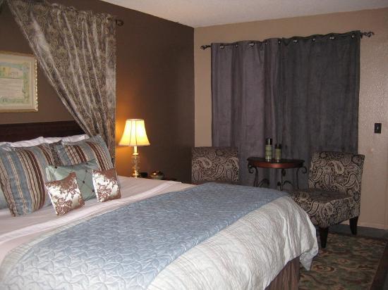 Alder Inn: Room 1