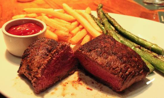 Outback Steakhouse: Perfectly cooked