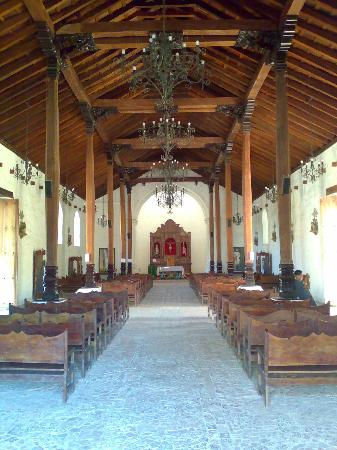 Church of San Blas: Lovely interior
