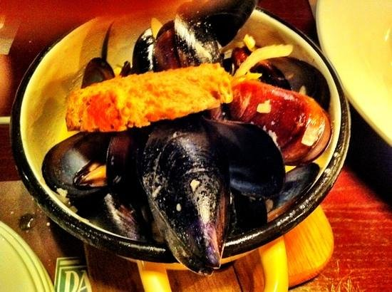 Gastrorock Pub : mussels are great here)