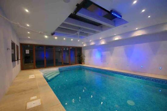 Indoor Swimming pool - Picture of Forest Lodge Bed and Breakfast ...