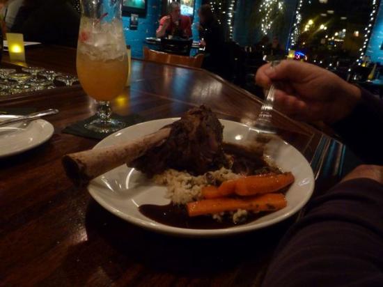 Aqua Seafood Restaurant and Bar: Lamb shank