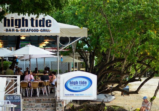 High Tide Bar & Seafood Grill: A view of High Tide